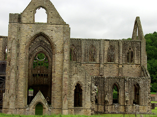 Built in 1131. A king ordered it destroyed in 1536 - click thumbnail image to view full size image.