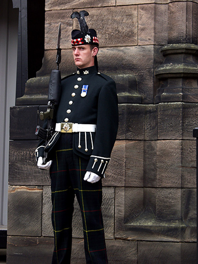 I am sure you noticed this Edinburgh Castle guard was quite annoyed with me. I did not linger. - click thumbnail image to view full size image.